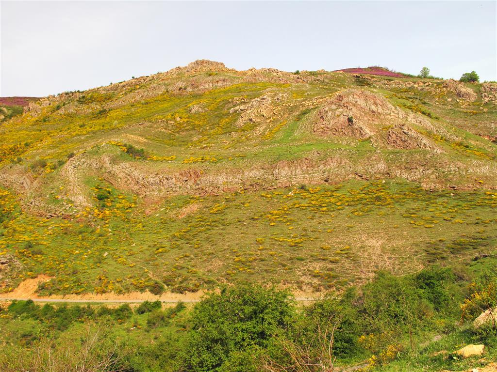 Detalle del dúplex de Primajas en su prolongación occidental por el valle de Primajinas, al oeste de Corniero.