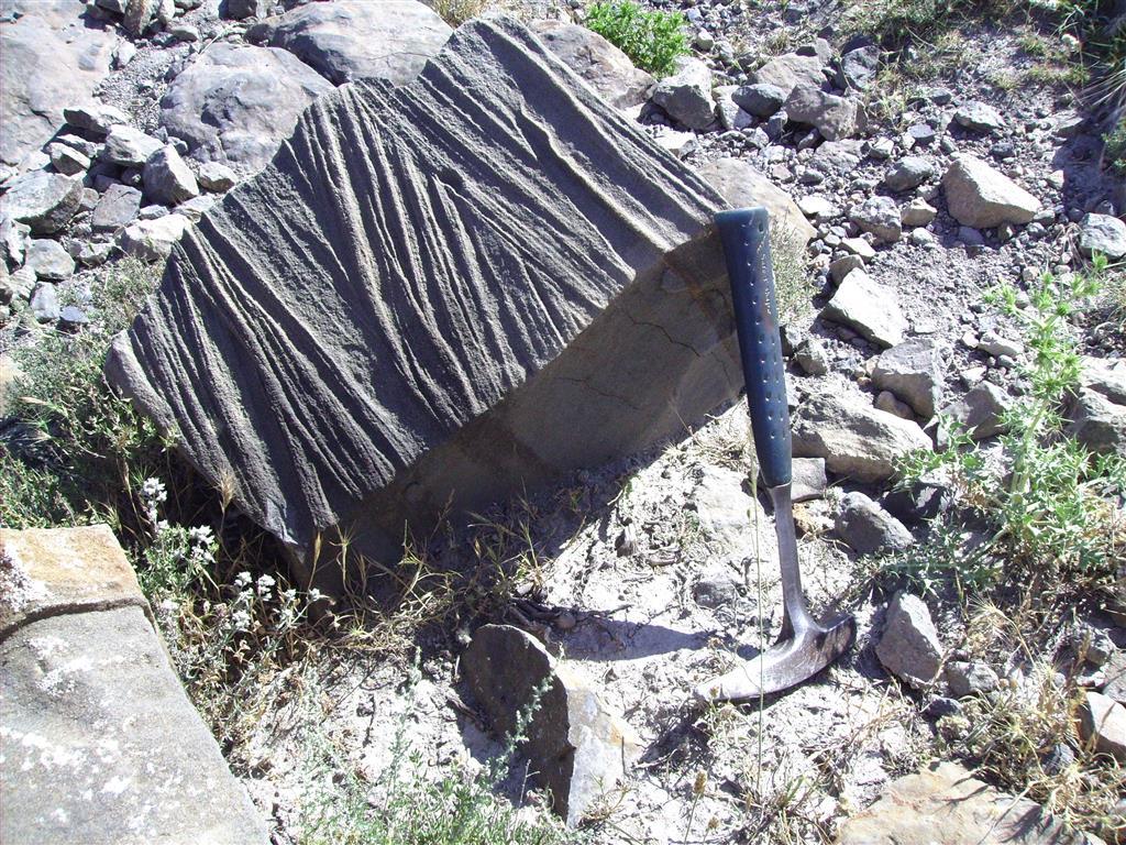 Estratificación cruzada de las  calizas oolíticas de Ricla (Los Picarros).