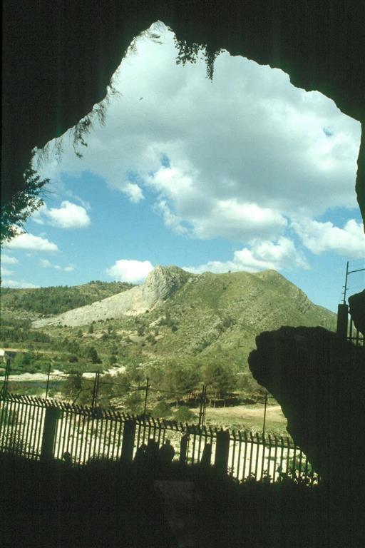 Cova Negra, vista desde el interior (foto Jesús F. Jordá Pardo)