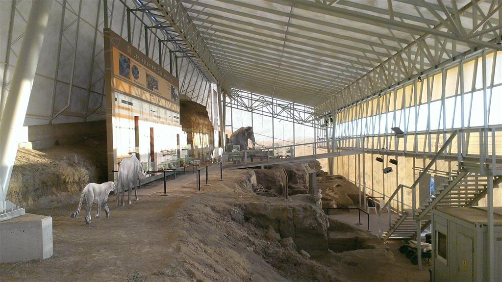 Vista del interior de la Estación Paleontológica Valle del río Fardes