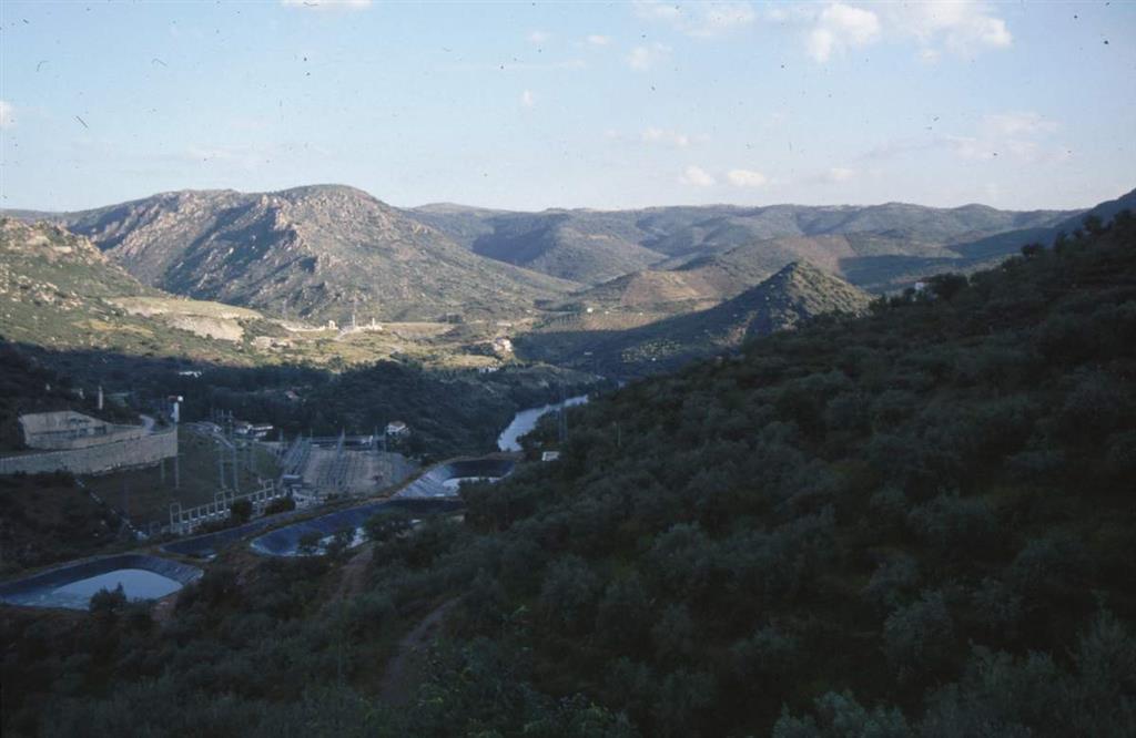 Segmento final del cañón en las cercanías de Barca d´Alba