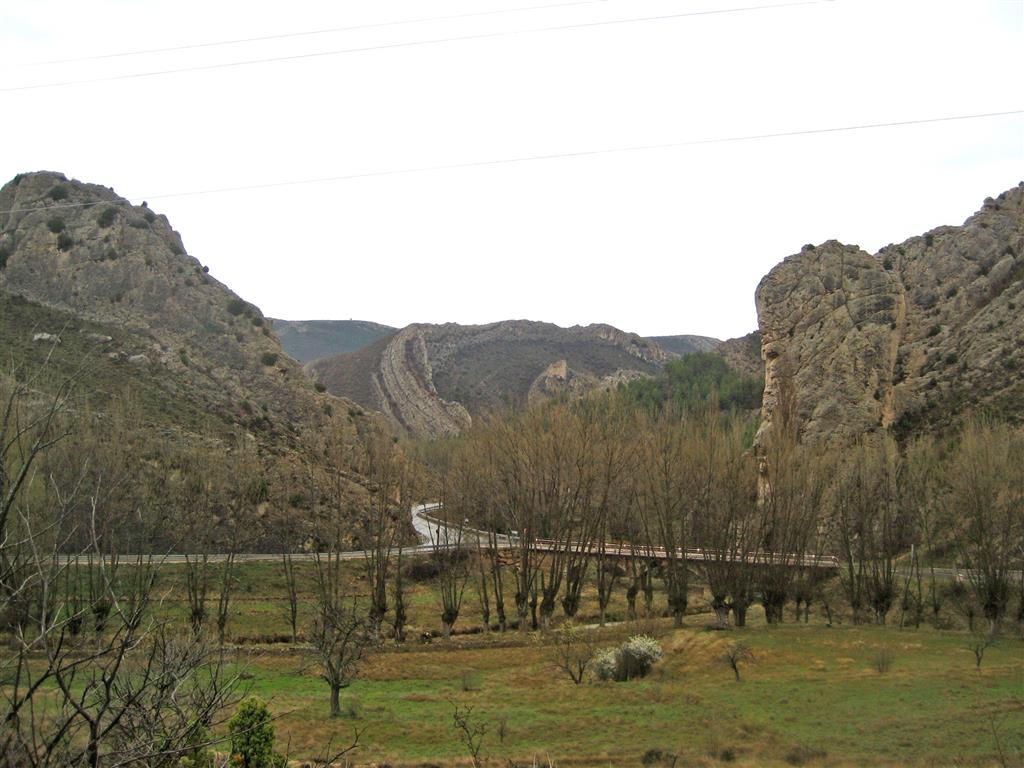 Pliegues superpuestos de la Olla, cerca de Aliaga en el Geoparque del Maestrasgo.