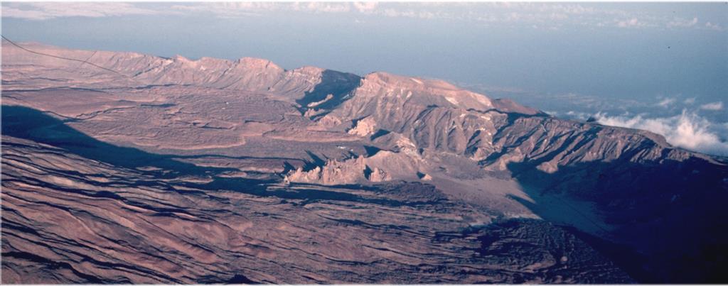 Visión aérea de Pared de Cañadas. Autor: Pérez Giralda